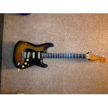 stratocaster72-front