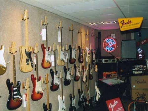 gitaar-gallery-33CEFE11B-4453-B147-2B0F-D16D495D185B.jpg