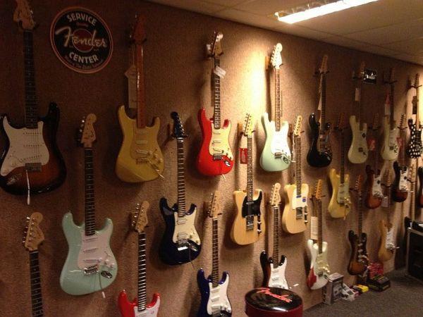 gitaar-gallery-604AC4C59-7D86-8F7F-DC70-CEBF073C56BD.jpg